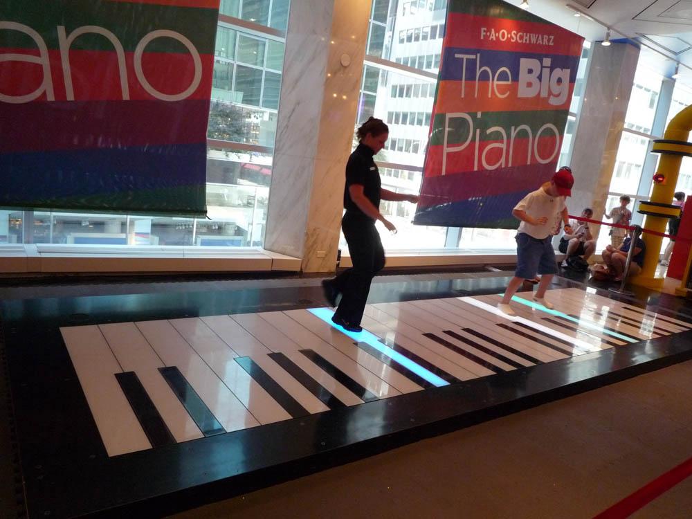 Big (1988) - The Big Piano