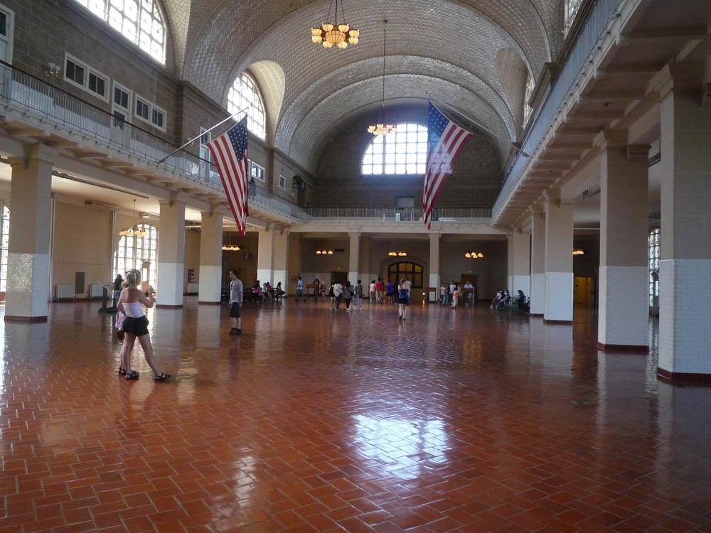 Hitch (2005) - Ellis Island